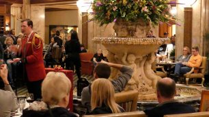Entenmarsch im Peabody Hotel in Memphis